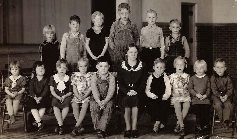 1st 2nd grades 1934 35 rutland iowa