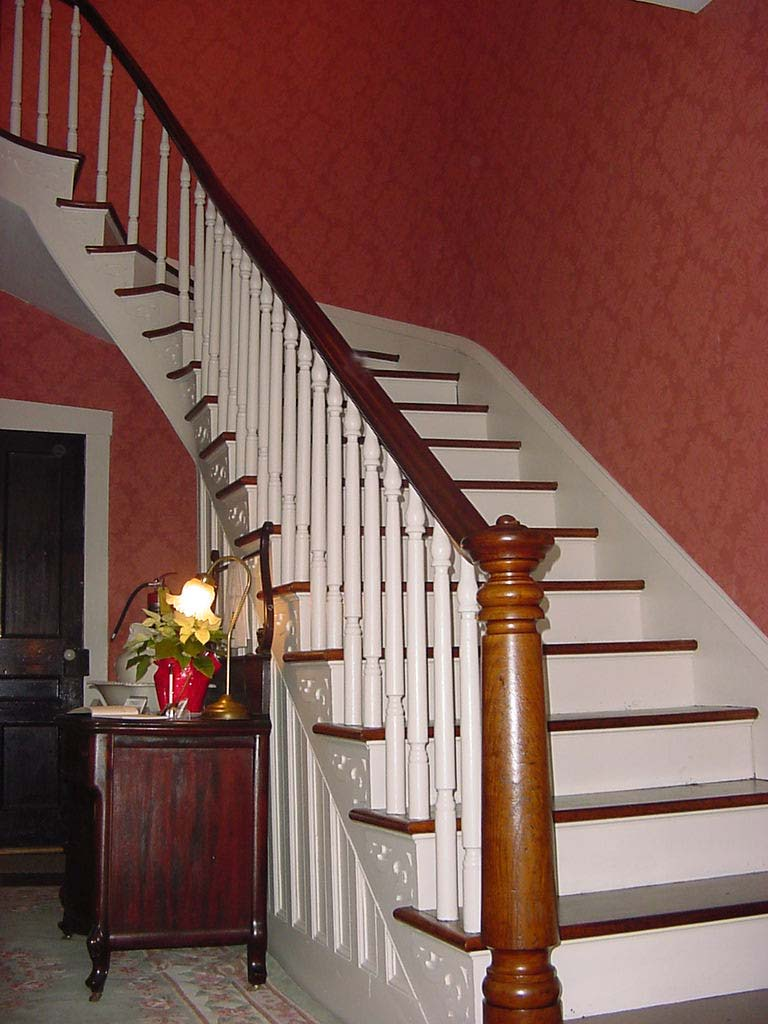 Half Spiral Staircase - Home Design Ideas and Pictures