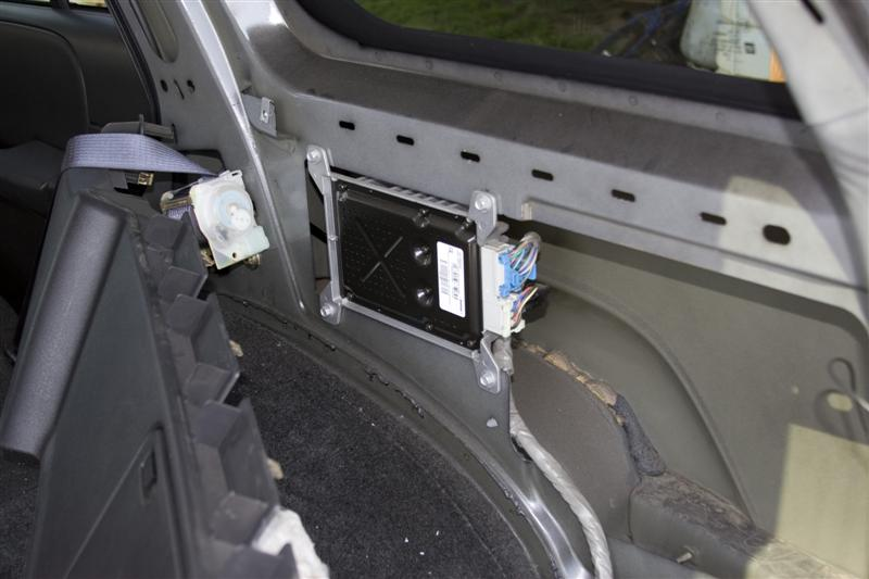 amp8 my version of an amp install chevy trailblazer, trailblazer ss 2002 trailblazer bose amp wiring diagram at crackthecode.co